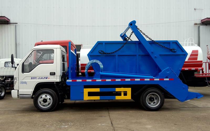 福田时代5吨摆臂式垃圾车图片