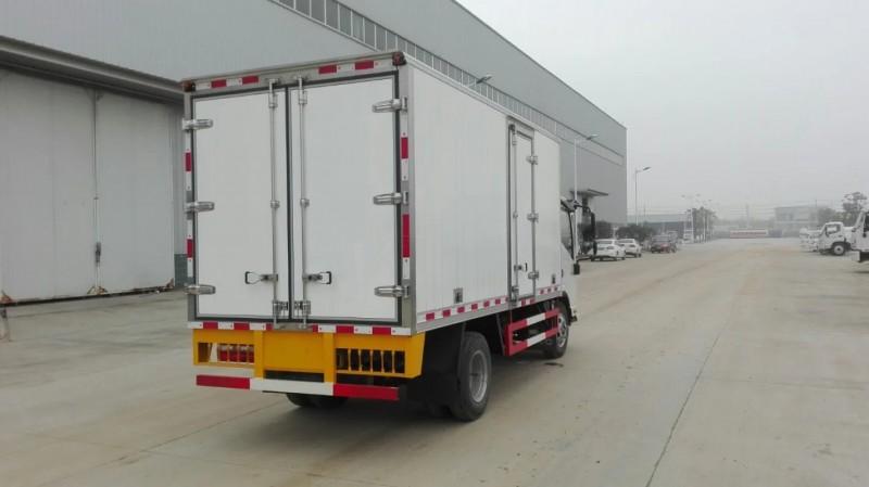 江淮帅铃3米小型冷藏车