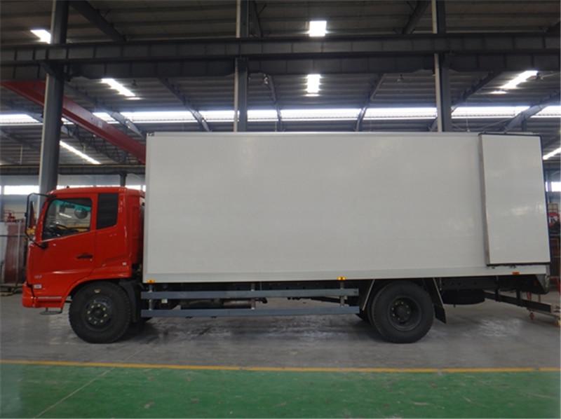 亚博体育官网天锦6.5米冷藏车