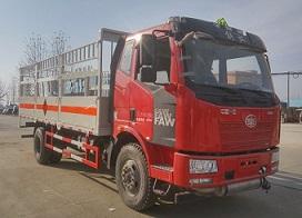 J6解放6.2米11.055吨气瓶车45度图片展示