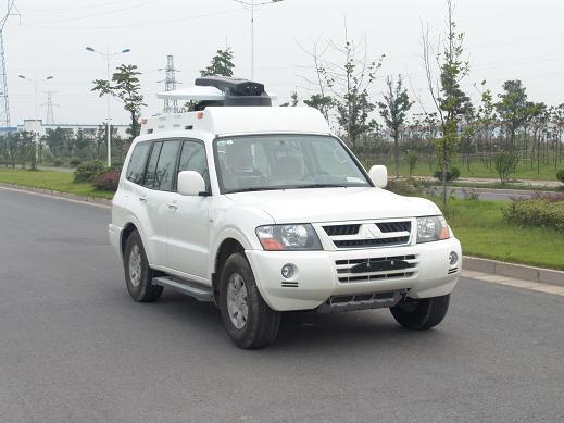 通讯车图片