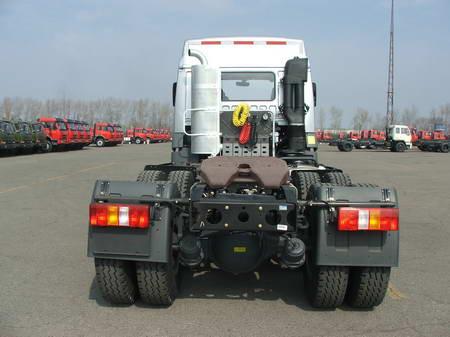 集装箱半挂牵引车(ca4252p21k2t1a2xe型解放牌集装箱半挂牵引车 一汽