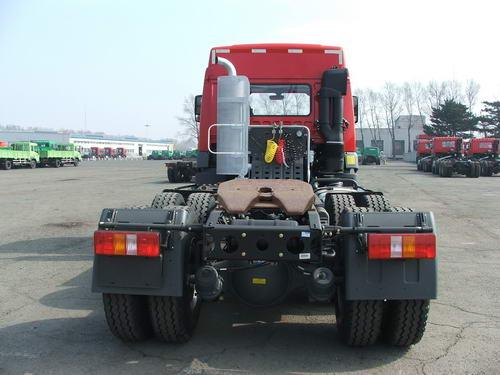 一汽集团ca4252p21k2t1gxe集装箱半挂牵引车