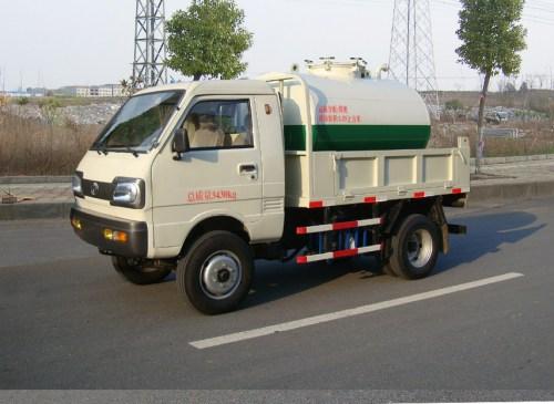 神宇牌(dfa1615ft2)吸粪低速货车使用方法和步骤