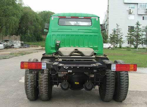 一汽集团ca4117k2r5e长头柴油半挂牵引车
