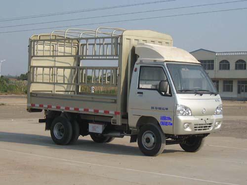 凯马仓栅式运输车图片