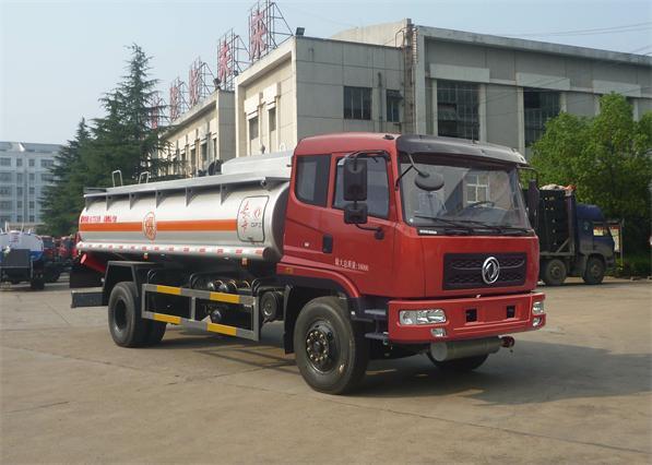 东风加油车图片