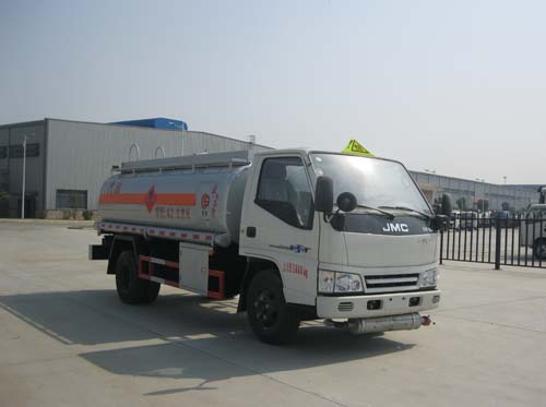 江鈴4.2方(實際5方)汽油加油車