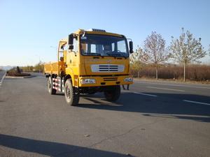 起重运输沙漠车图片