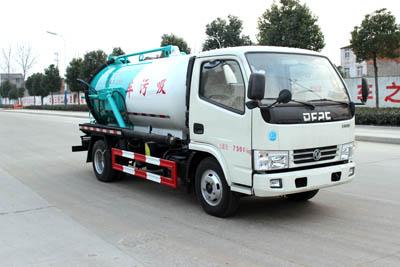 SCS5070GXWD吸污车