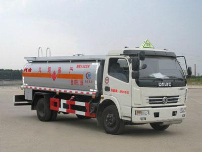东风多利卡加油车(程力威加油车CLW5080GJY4)图片