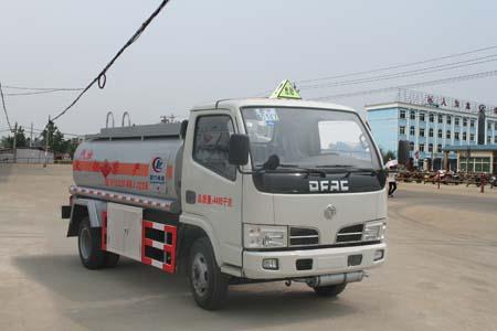 东风福瑞卡加油车(程力威加油车CLW5040GJYD4)