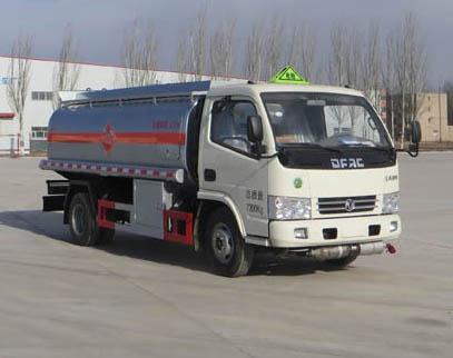 多利卡加油车(神狐加油车HLQ5070GJYD4)