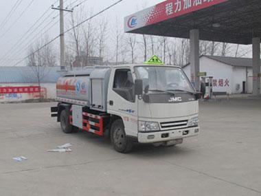 江铃加油车(程力威加油车CLW5060GJYJ4)