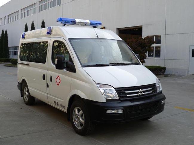 SH5040XJHA2D5救护车