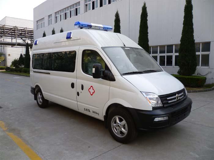 SH5041XJHA2D5救护车
