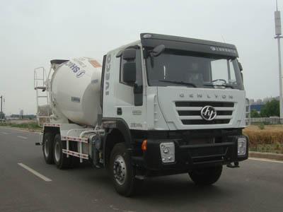凌宇牌4方混凝土攪拌車(CLY5251GJB3)傳承了重汽的高端品質!