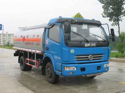 東風大多利卡6.3方(實際6.8方)汽油加油車