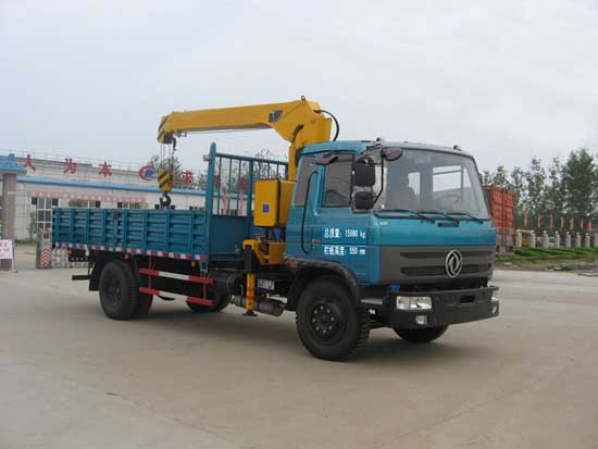 东风牌7吨随车起重运输车图片