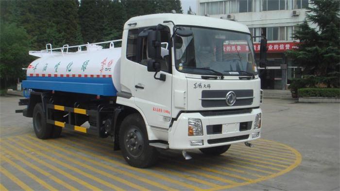 东风天锦绿化喷洒车(3800mm)