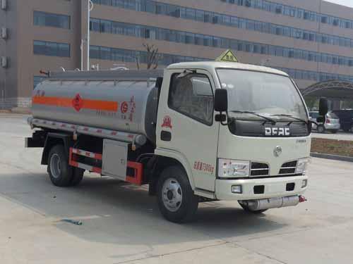 東風小多利卡5.3方(實際6方)汽油加油車