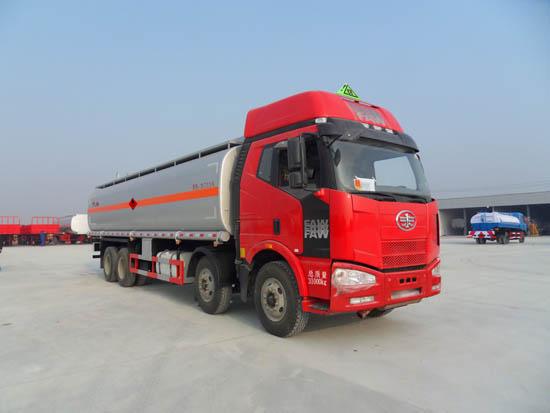 解放30吨油罐车