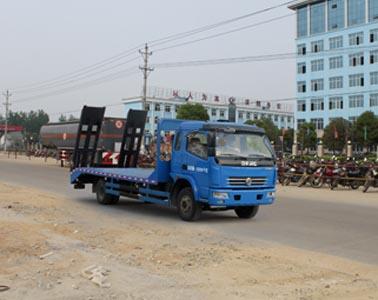 东风大多利卡平板运输车,挖机运输车,钩机运输车