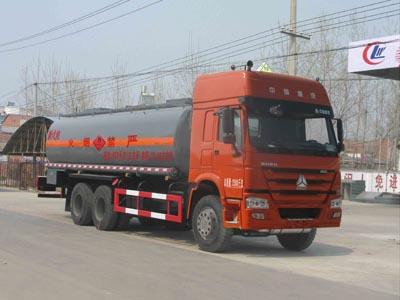 CLW5250GRYZ4型易燃液体罐式运输车