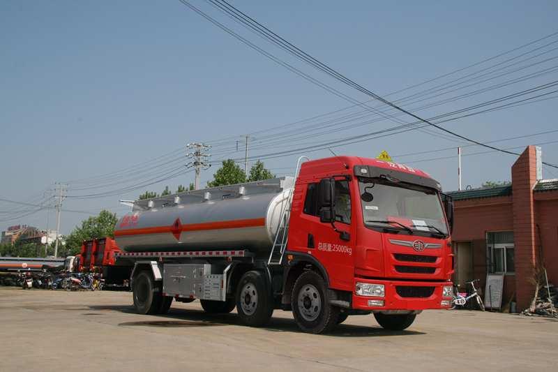 SLS5253GJYC4V型加油車