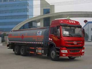 CLW5252GRYC4型易燃液体罐式运输车