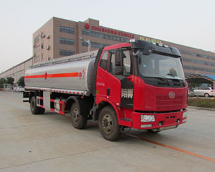 解放18吨油罐车