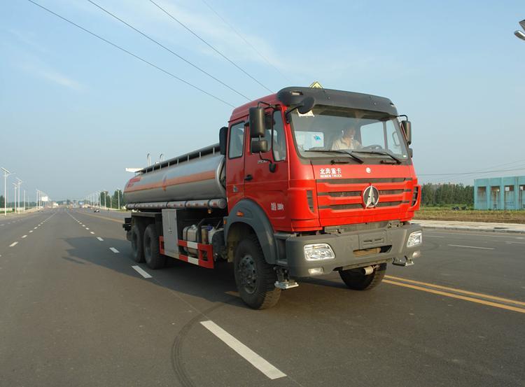 SLS5250GYYN4型運油車