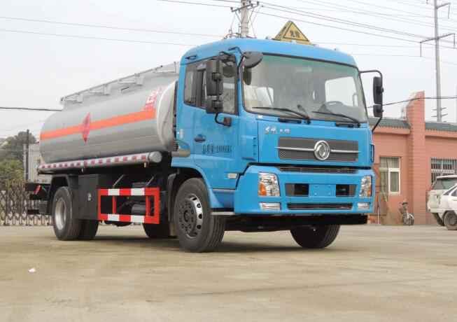 SLS5161GJYD4型加油車