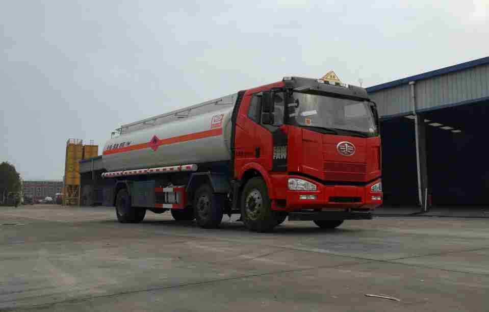 SLS5250GJYC4P63型加油車
