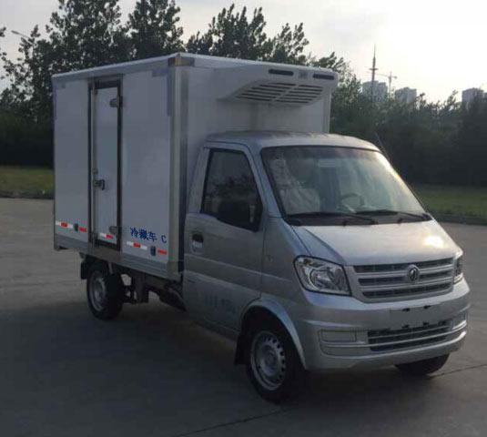 东风小康汽油小型冷藏车