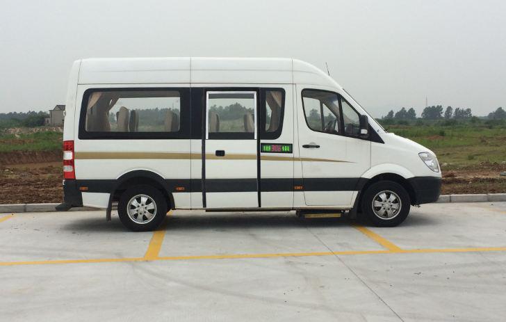纯电动城市客车 更多>>南京金龙客车纯电动城市客车系列产品