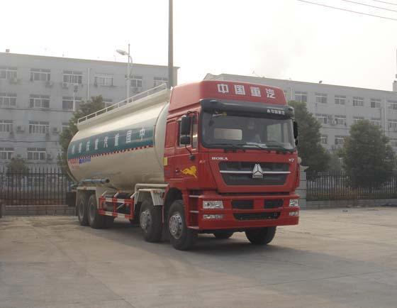 重汽HOWO低密度粉粒物料运输车