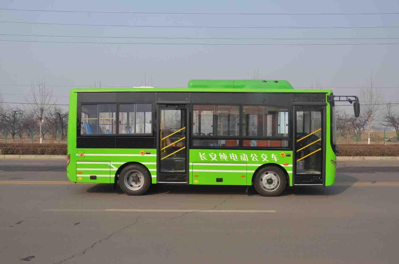 更多>>河北长安汽车纯电动城市客车系列产品