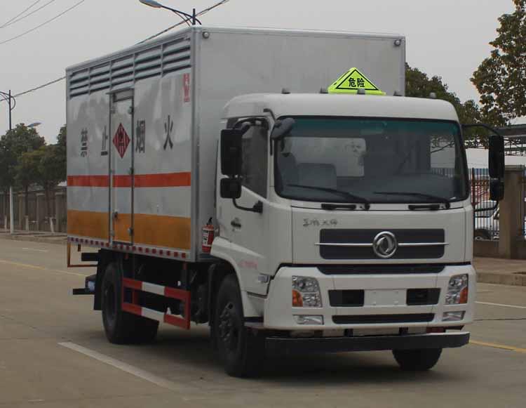 sgz5168xrgd4x5易燃固体厢式运输车