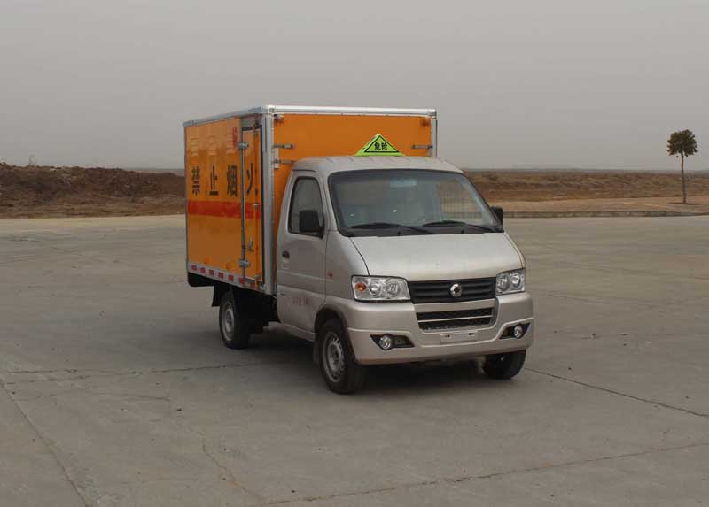 亚博体育官网俊风易燃气体厢式运输车图片