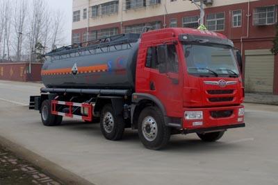 解放小三軸鹽酸運輸車(14.2方)