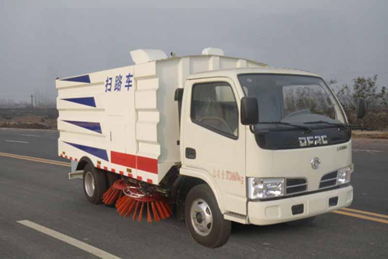 JHW5070TSLE5掃路車