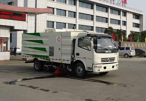 XZL5112TXS5型洗扫车