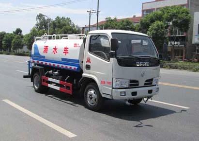 东风小多利卡国四5吨洒水车
