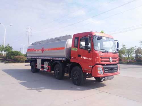 東風特商運油車(15噸18.6立方)