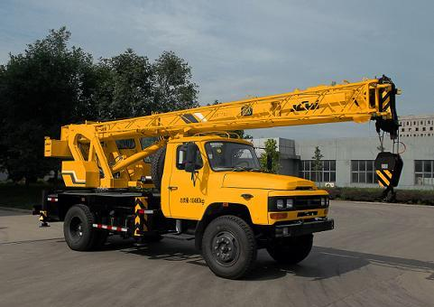 北京京城重工机械BCW5102JQZ8D型东风140汽车起重机