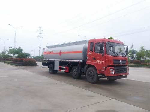 東風D912運油車(15噸18.6立方)
