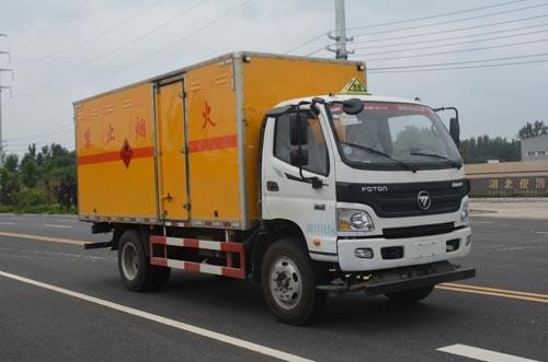 福田奧鈴5.1米易燃液體廂式運輸車