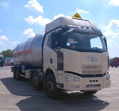 解放J6前四后八液化气体运输车图片