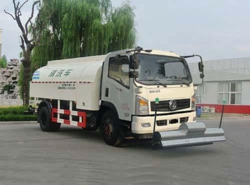 东风国五清洗车